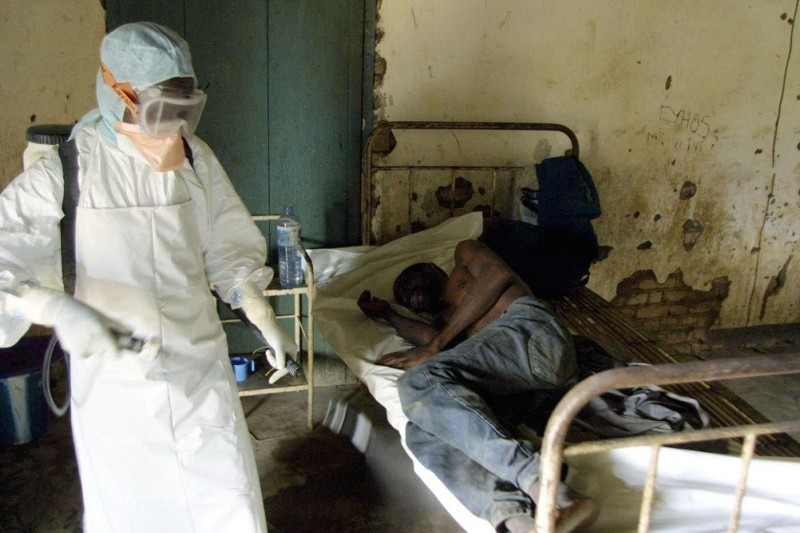 ebola_outbreaks_2003-guinea-pix-by-desirey_minkoh-afp-gettyimages.jpg