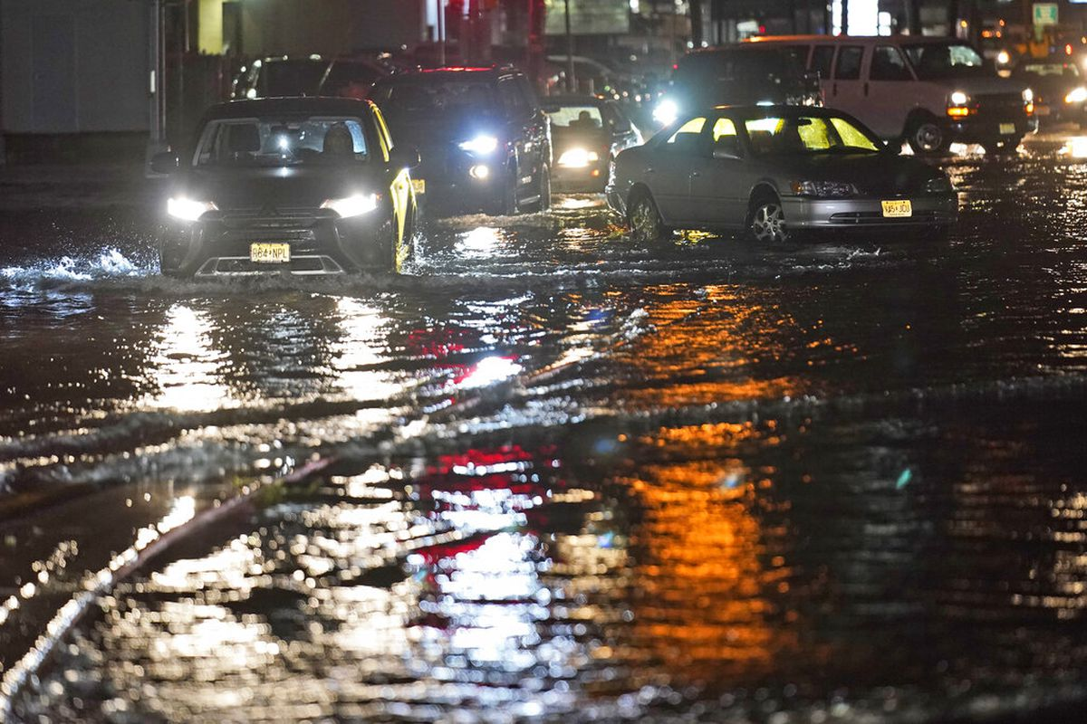 At least, 22 dead in New York, New Jersey areaas Hurricane Ida hits